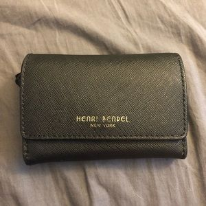 Henri bendel compact wallet with key chain